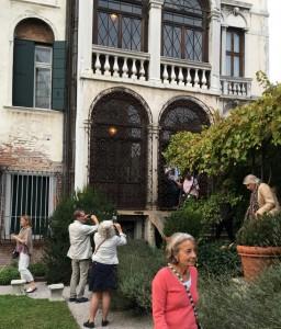 På upptäcktsfärd i Palazzo Gradenigos trädgård